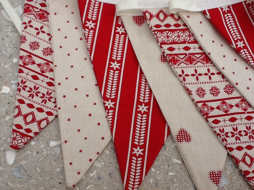 Franklins: Christmas Bunting Class - Franklins Group