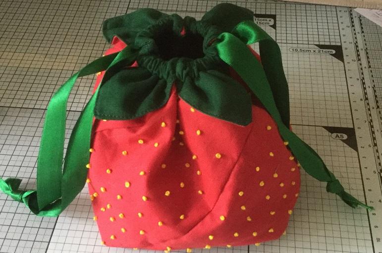 strawberrry_Bag - Franklins Group