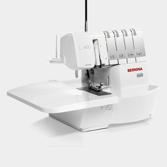 Bernina L460_Keyfeature_Slide On Table - Franklins Group