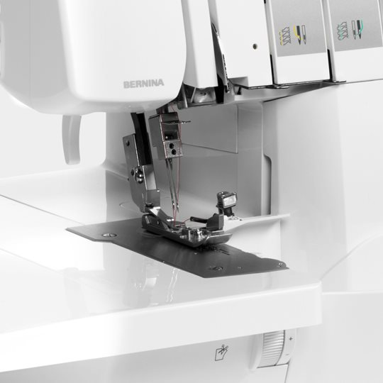 Bernina L460_Keyfeature_SpeedControl - Franklins Group